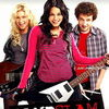 Vanessa Hudgens a luat lectii de chitara pentru rolul din Bandslam (trailer)