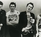 Steve Jones de la Sex Pistols va lansa anul acesta o autobiografie