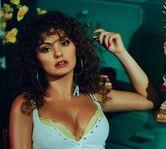"""Alexandra Stan a lansat piesa si videoclipul """"MAMI"""""""
