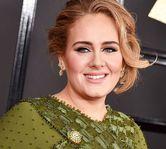 Adele divorteaza dupa 7 ani de casnicie