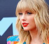 Taylor Swift se lupta cu Scooter Braun pentru piesele ei